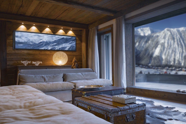 Cosy-bedroom-Clouds-over-Obergurgl